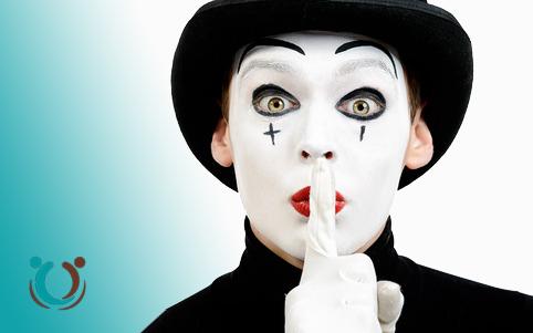 Traumatherapie Trauma Therapie Psychotherapie Psychotherapeut Psychotherapeutin Mülheim Duisburg Essen Oberhausen EMDR Clown Pierrot funktionieren Fluch