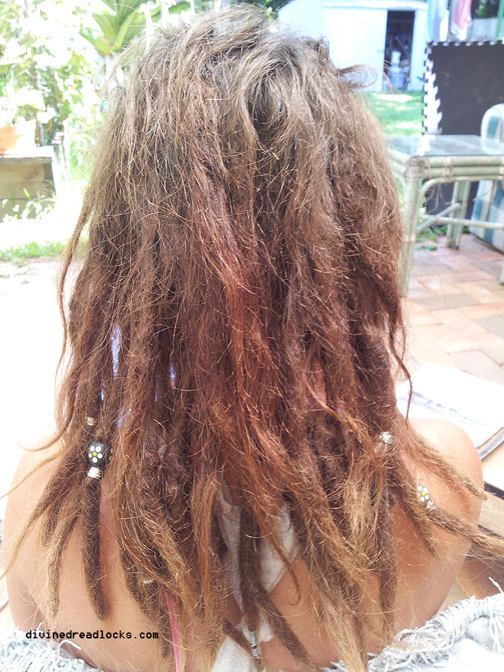 How to start dreadlocks without wax