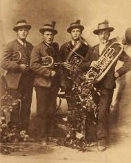 v.l.n.r.  Voglhuber Johann, Schmalnauer Ferdinand, Voglhuber Franz,  Sams Matthias