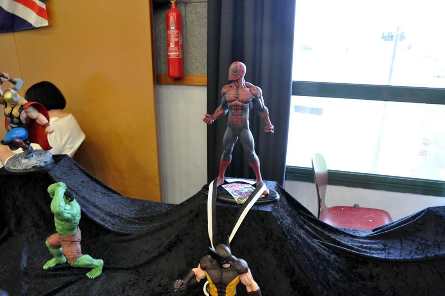 super héros chez les odd Boys