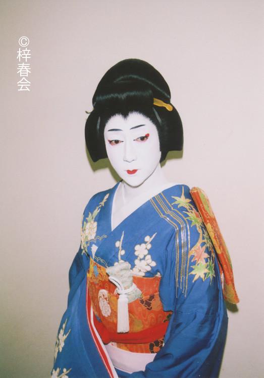 2012年7月新橋演舞場「楼門五三桐」(侍女 紅梅)