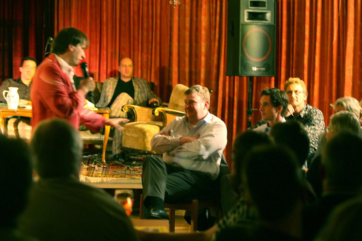 Thommi Baake mit Zuschauer Ralf