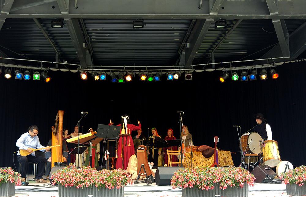 Ensemble Violetta & Lilia caeli | Photo: Dirk Schützner