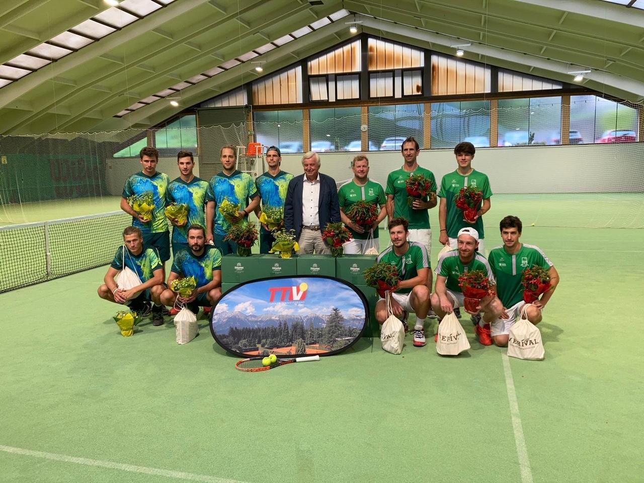 Die 2. Telfer Herrenmannschaft schnappt sich den Meistertitel in der Tiroler Liga