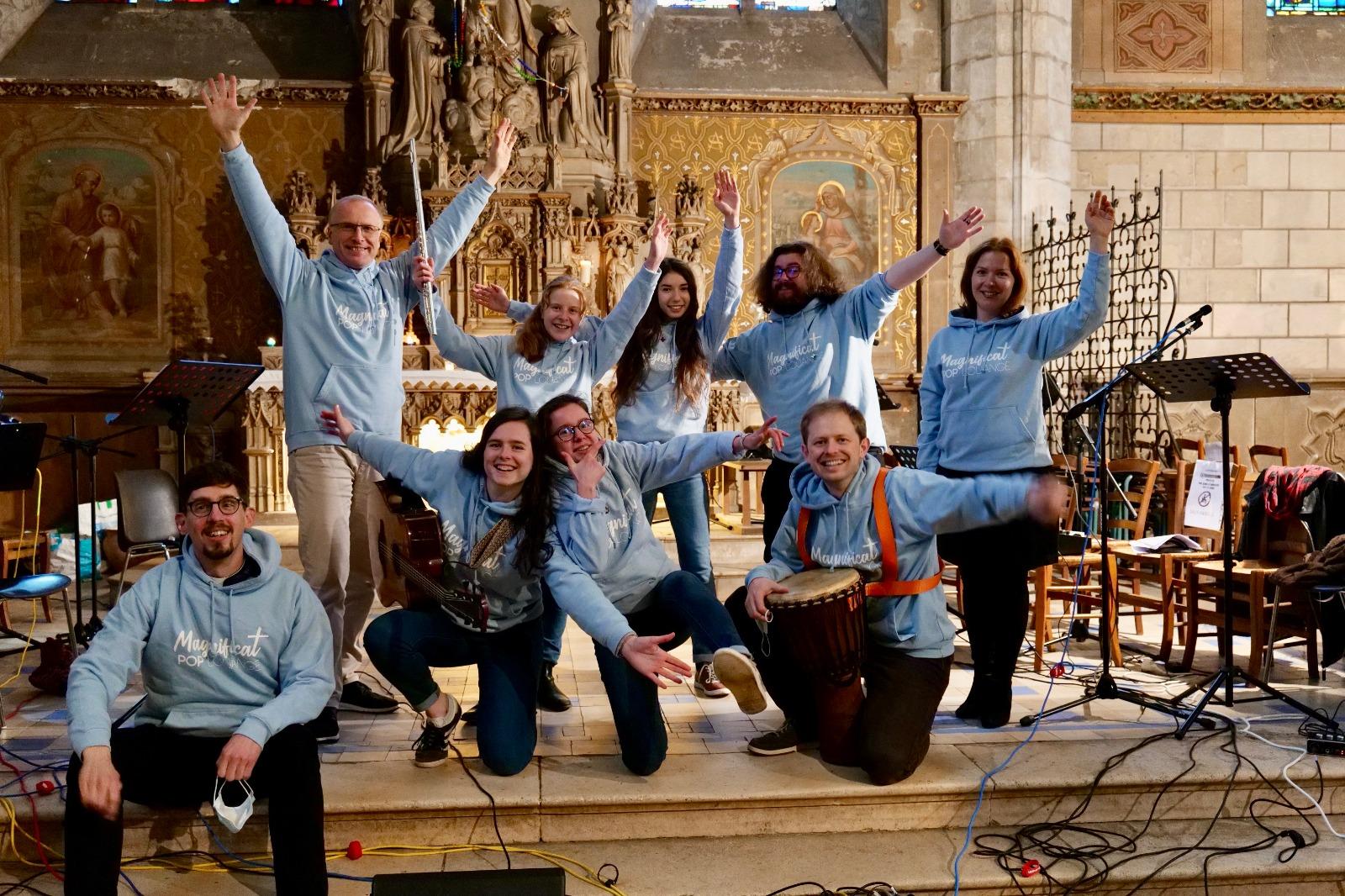 Groupe Magnificat lors des messes des Curieux