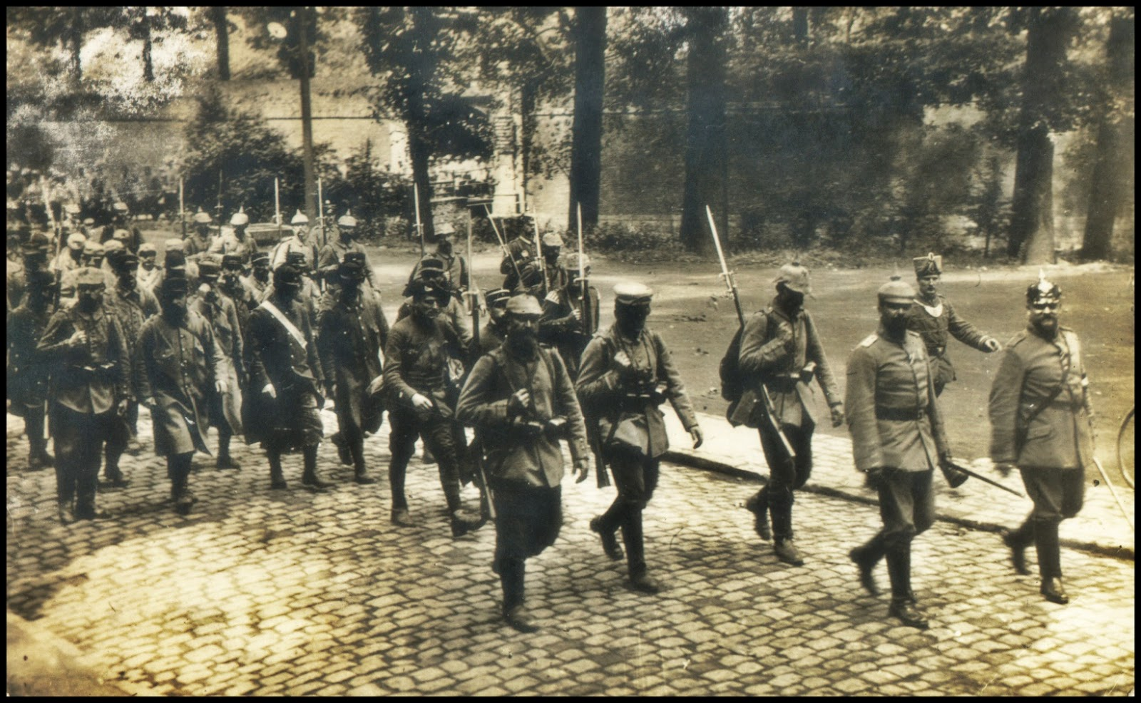 14 Octobre 1914 : les soldats français viennent de capituler à la Citadelle de Lille