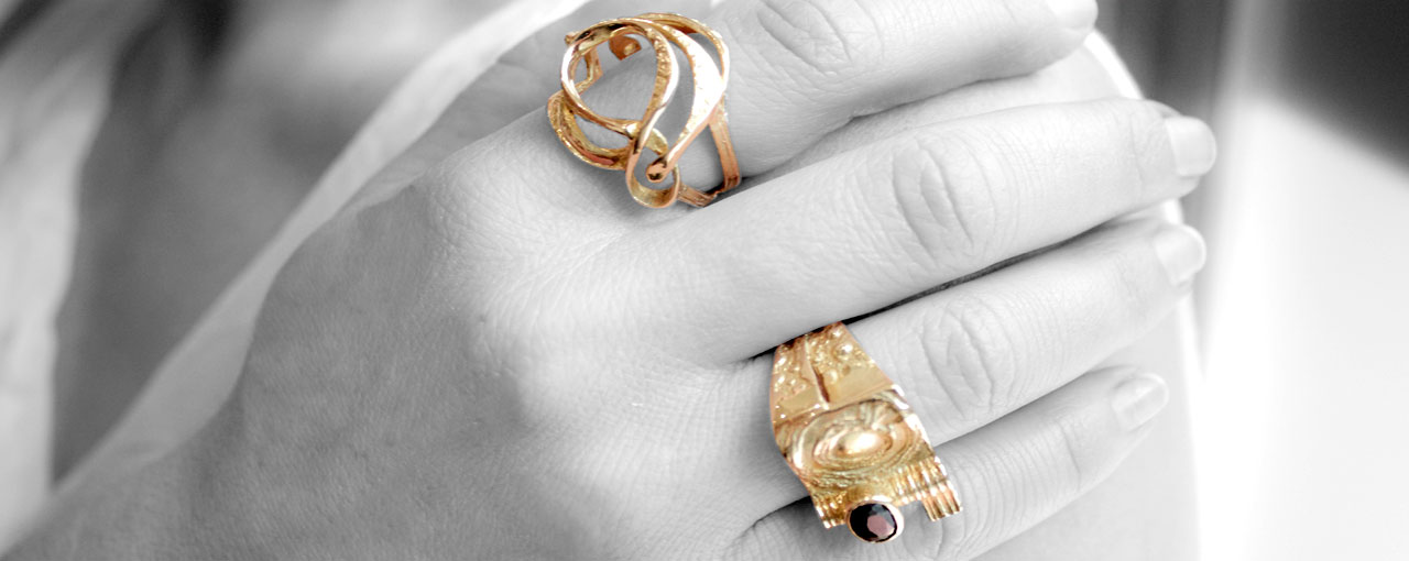 Fucina Longobarda Mazzola rings, a perfect match between tradition and modernity...