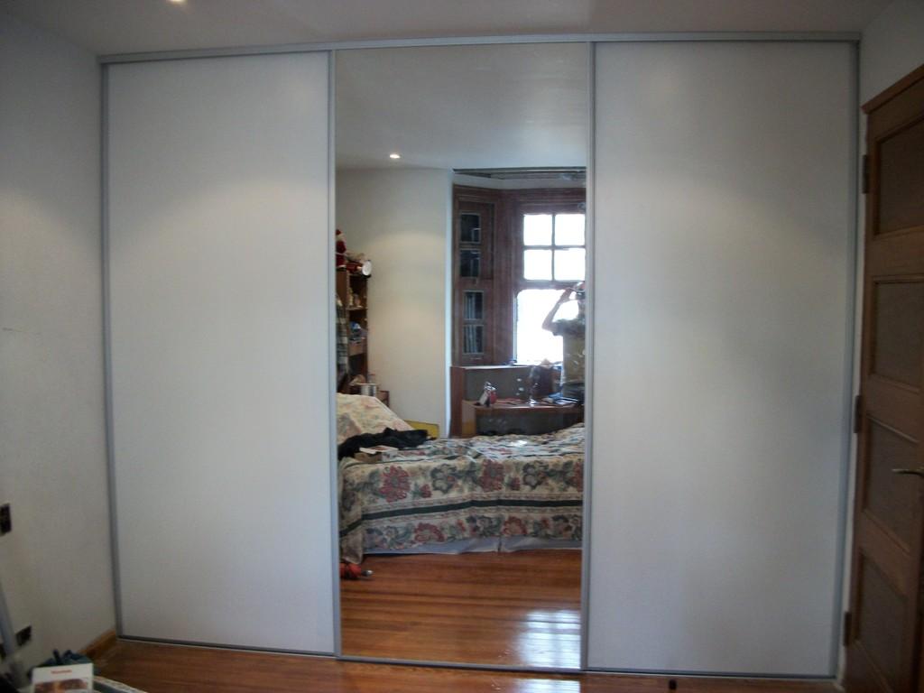 Frente de placard 1 puerta espejo 1 melamina blanca