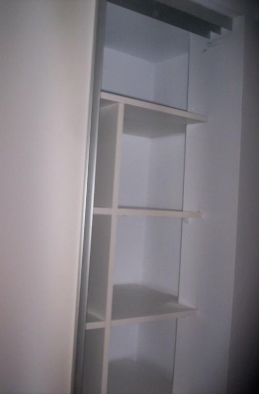 Interior con frente en melamina blanco 2