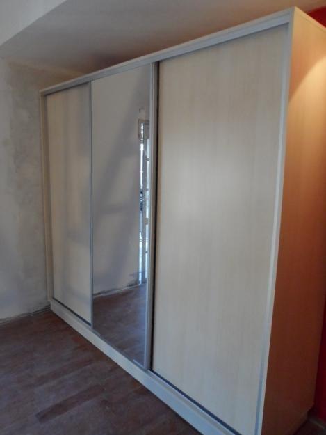 Placard con 2 puertas blancas 1 espejo