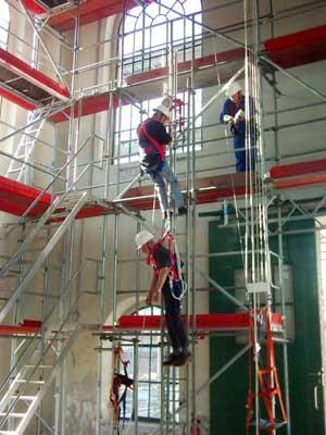 Rettungsübung GR10 HUB Industriekletterer