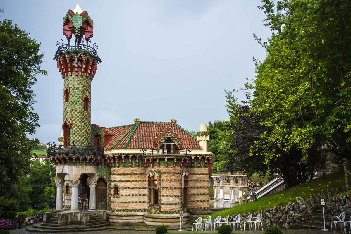 Dantea en el Capricho de Gaudí - DANTEA escuela de danza y ...