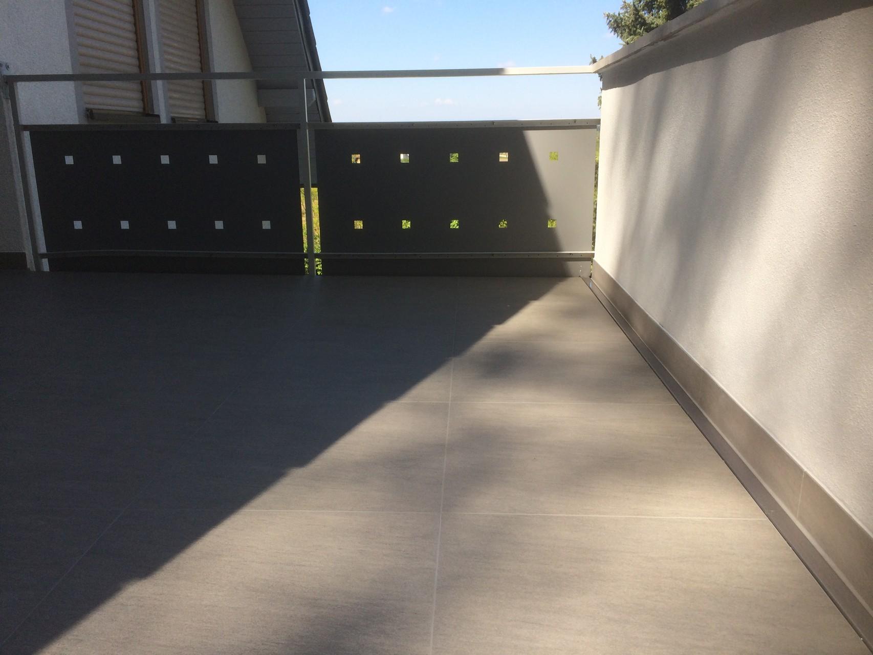 Balkon nach Sanierung mit mit F-auf- F System