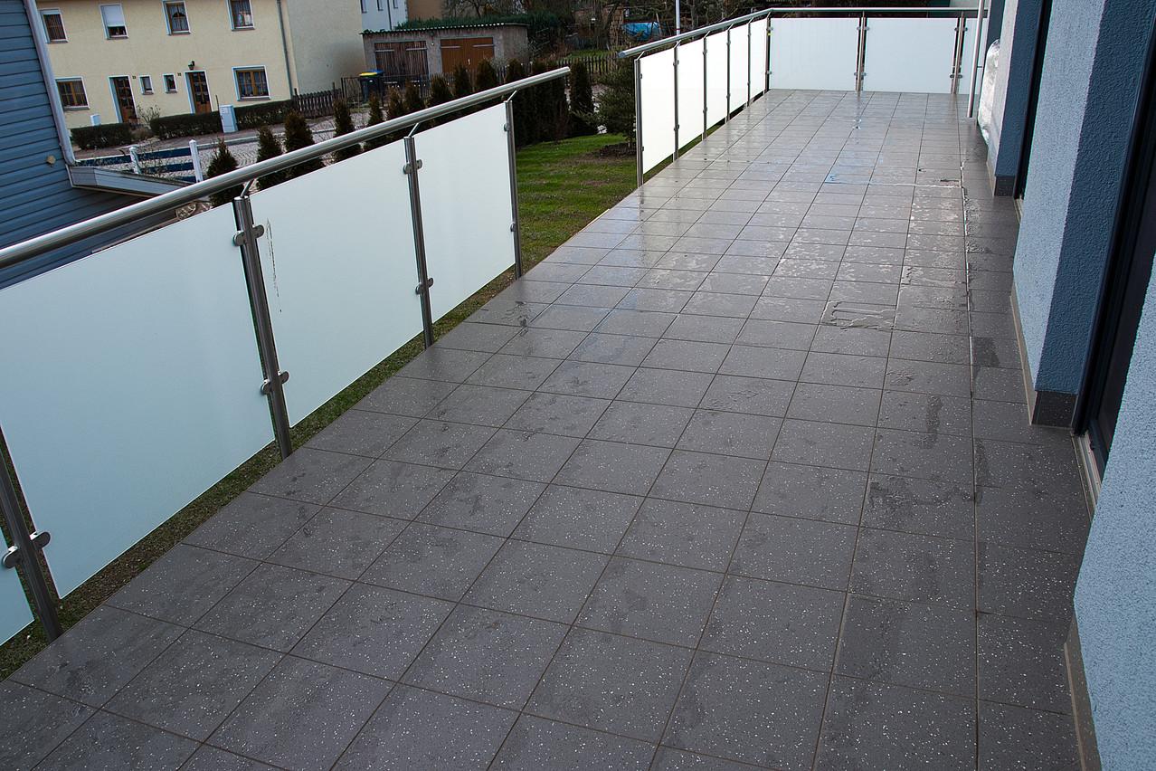 Balkon 4 - nach Sanierung mit F-auf- F System