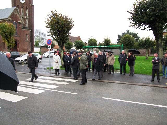 Rassemblement au monument aux morts