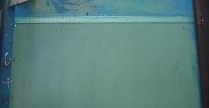 ベランダ塩ビ床塗装前 旧塗膜全撤去 熊本〇様宅塗装状況
