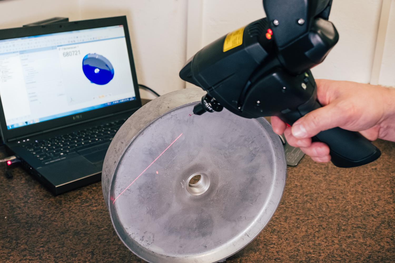 Laservermessung eines Gussrohlinges für das Hinterrad