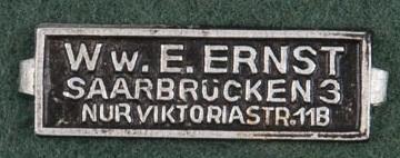 Blechschildchen Witwe Ernst Saarbrücken