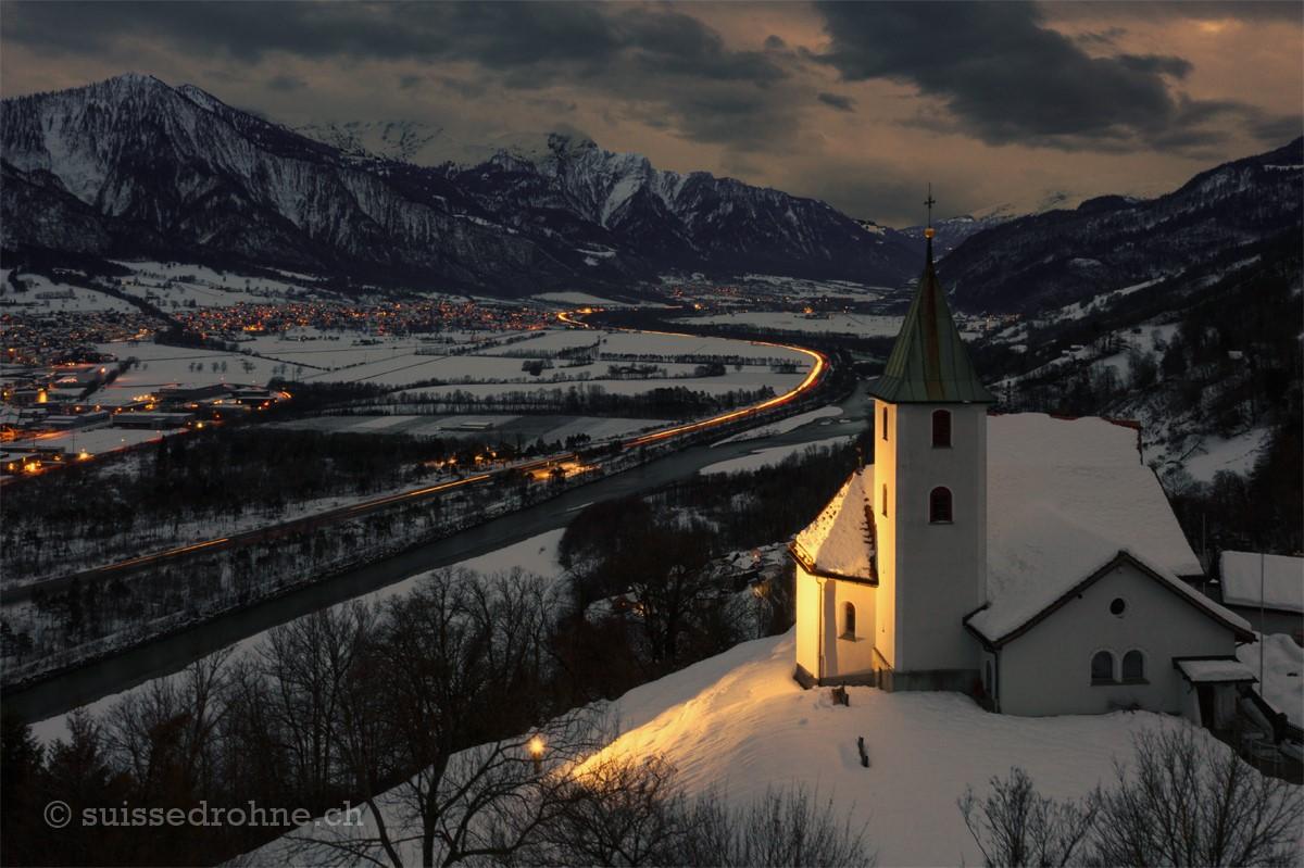 Mastrils mit Kirche