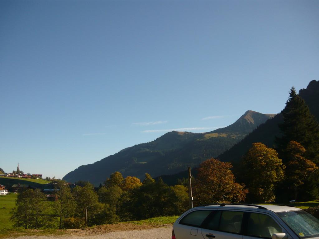 Traumhafter Herbsttag - Blauer Himmel, Sonnenschein so kann man den Tag genießen