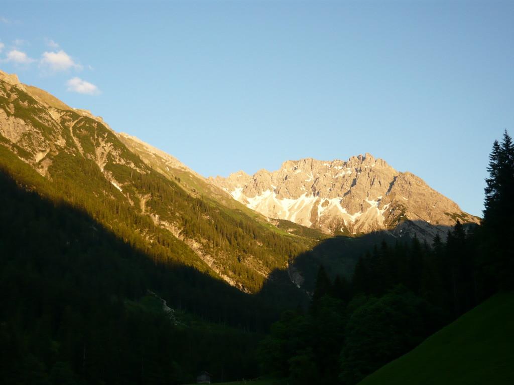 Sonnenuntergang im Mai mit Blick Richtung Geißhorn