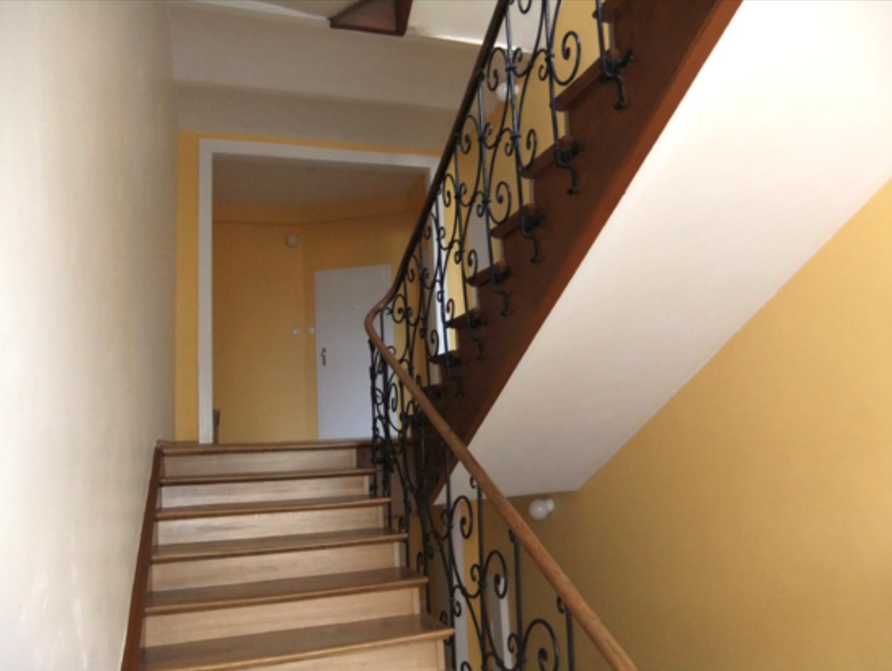 Sauber gelöst: das Treppenhaus von der Wörle GmbH