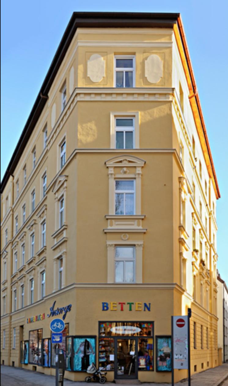 Renovierung eines Wohnhauses mit Gewerbeanteil in der Münchner Innenstadt