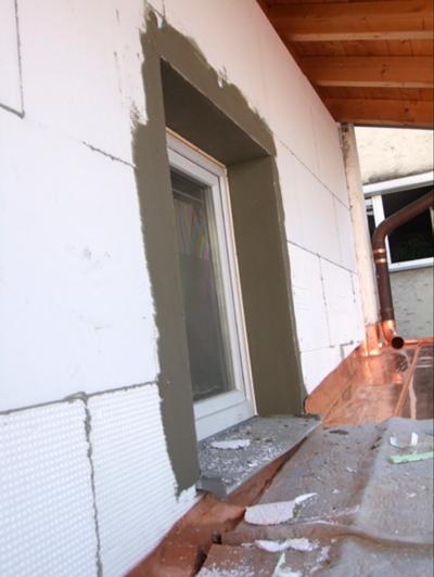 Außenfassade mit Vollwärmeschutz WDVS