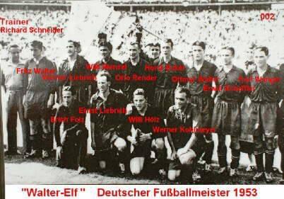 Die Meistermannschaft von 1953, die ihren Titel auf den Tag genau exakt 6 Jahre vor Fritz Walters Abschiedsspiel einfuhr.