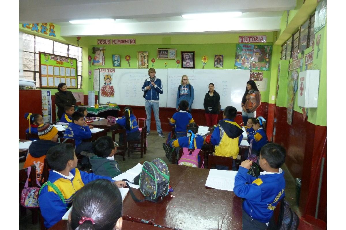 Visite d'une salle de classe