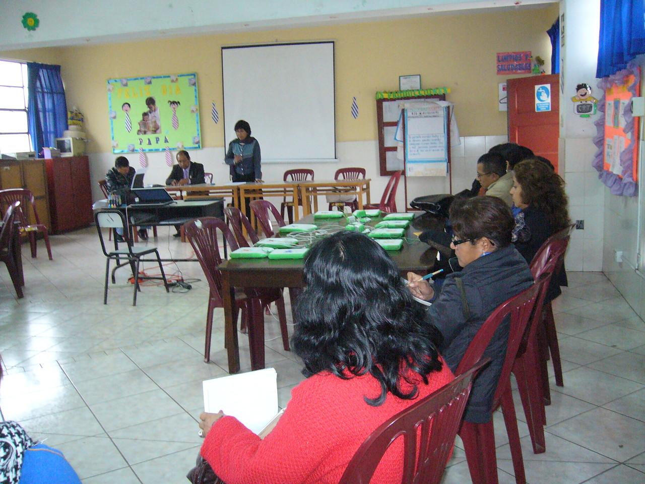 Réunion avec les professeurs pour organiser les activités