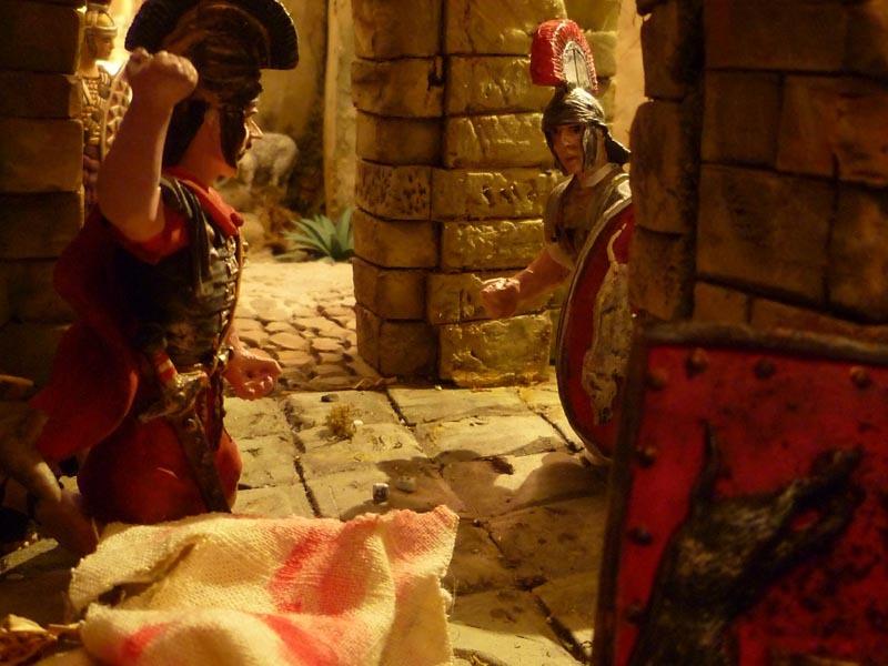 I soldati romani si dividono le vesti di Gesù_di G.Crivelli