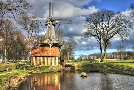 Wasser/Windmühle