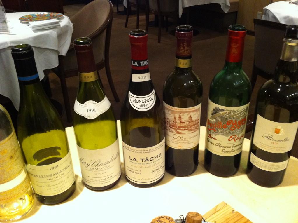 赤ワインは えーっ って思うくらいのワインばかり