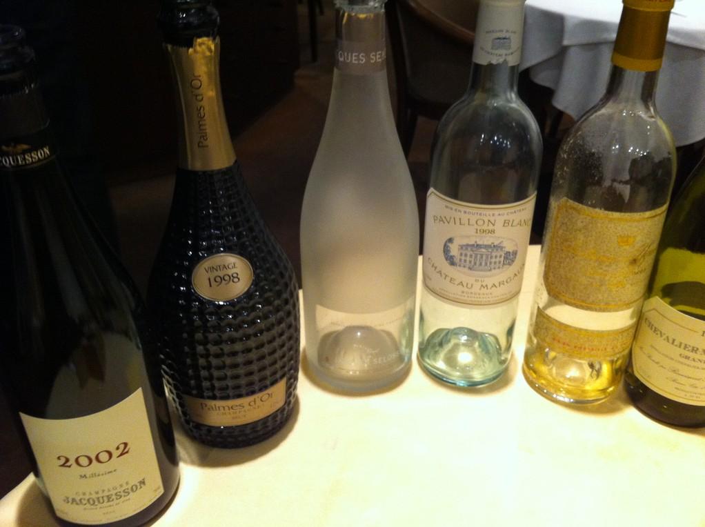 シャンパンと白ワイン・・・すっごい