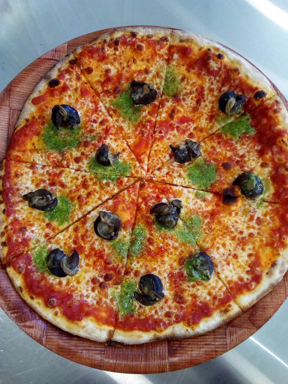Pizza Escargots
