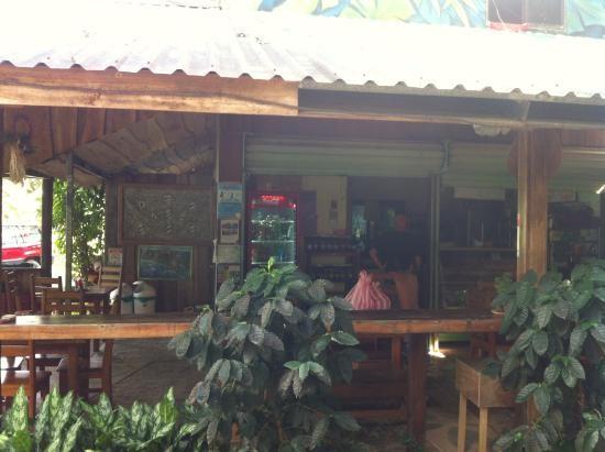 Cafe Ensueño - Dominical