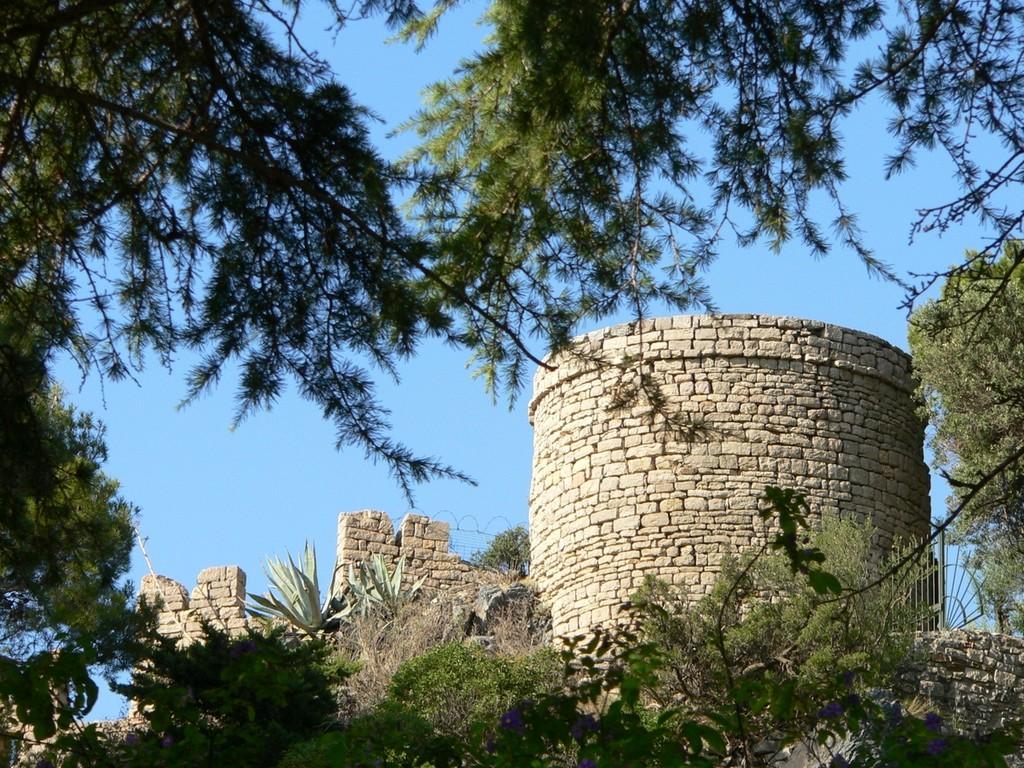 Hyères - Le château