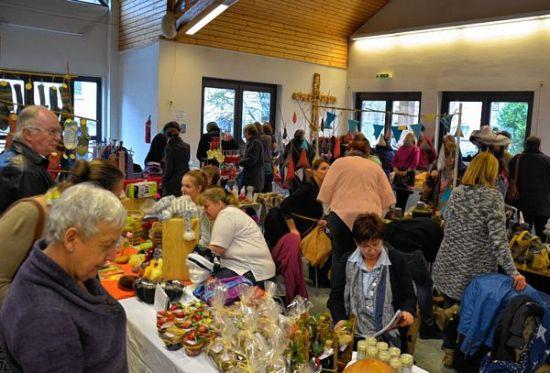 Kreativmarkt im Heddesheimer Remigiushaus (November 2015)
