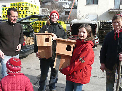 Großes Interesse für die Wiedehopf-Nistkästen Foto: C. Reimers