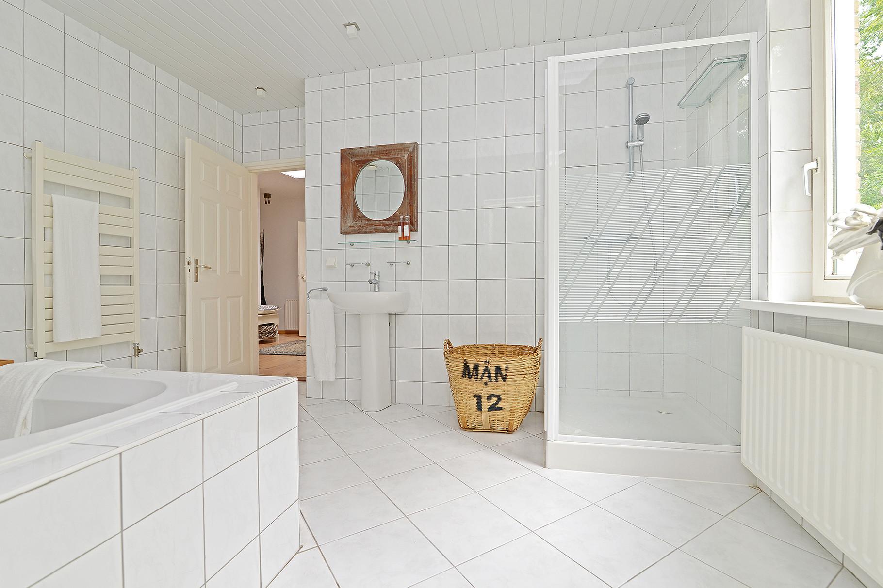 Badkamer NA meubelverhuuur