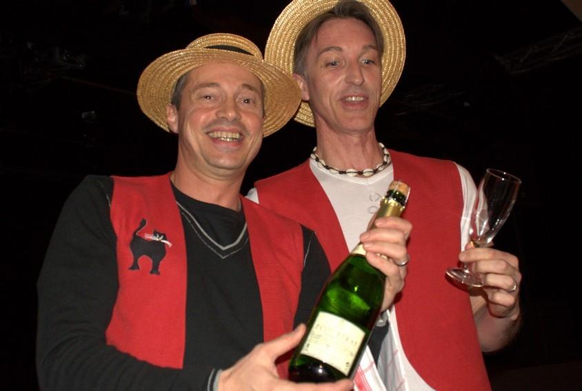 Yann et Olivier, décorateurs de la salle et hôtes d'accueil !!