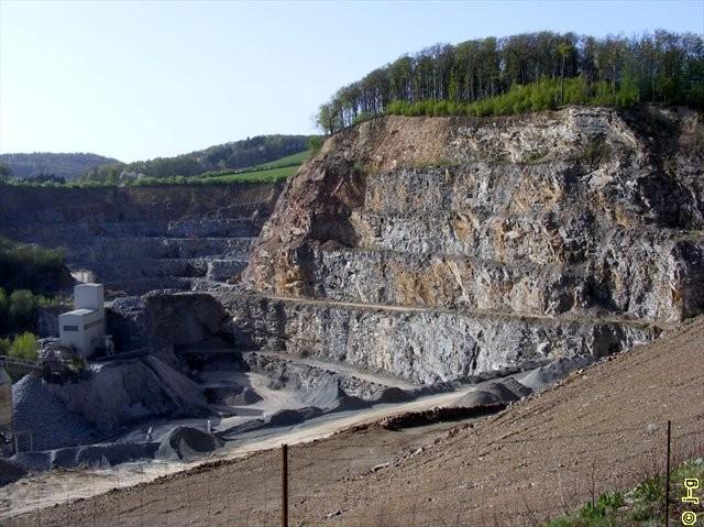 Steinbruch Mackenheim - hier brütet der UHU