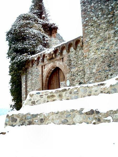 Burgruine Lindenfels, Eingangstor