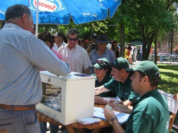 Bajo un intenso calor los mirandinos concurrieron a votar