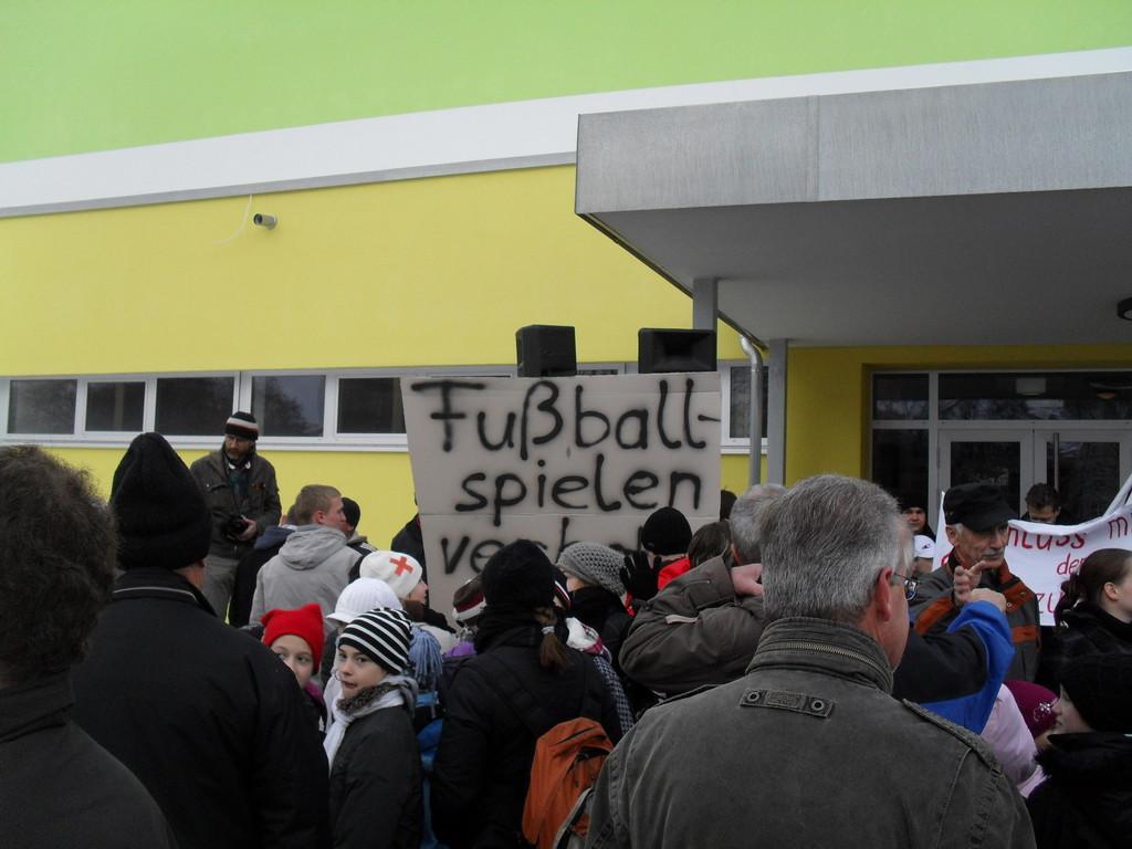 Fußballspielen verboten! Stadt Chemnitz