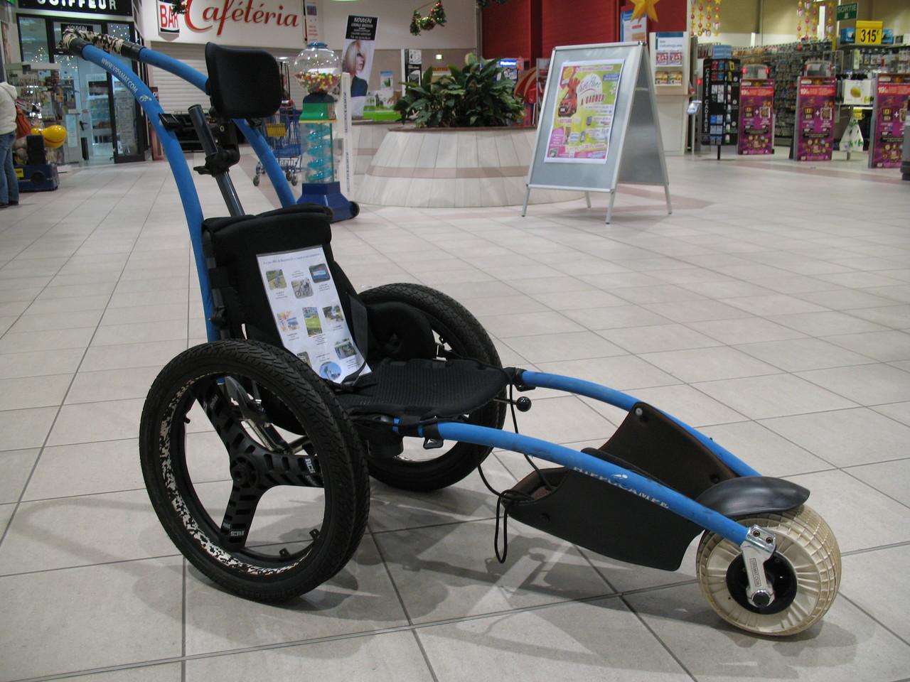 Novembre 2012 expo galerie commerciale Carrefour