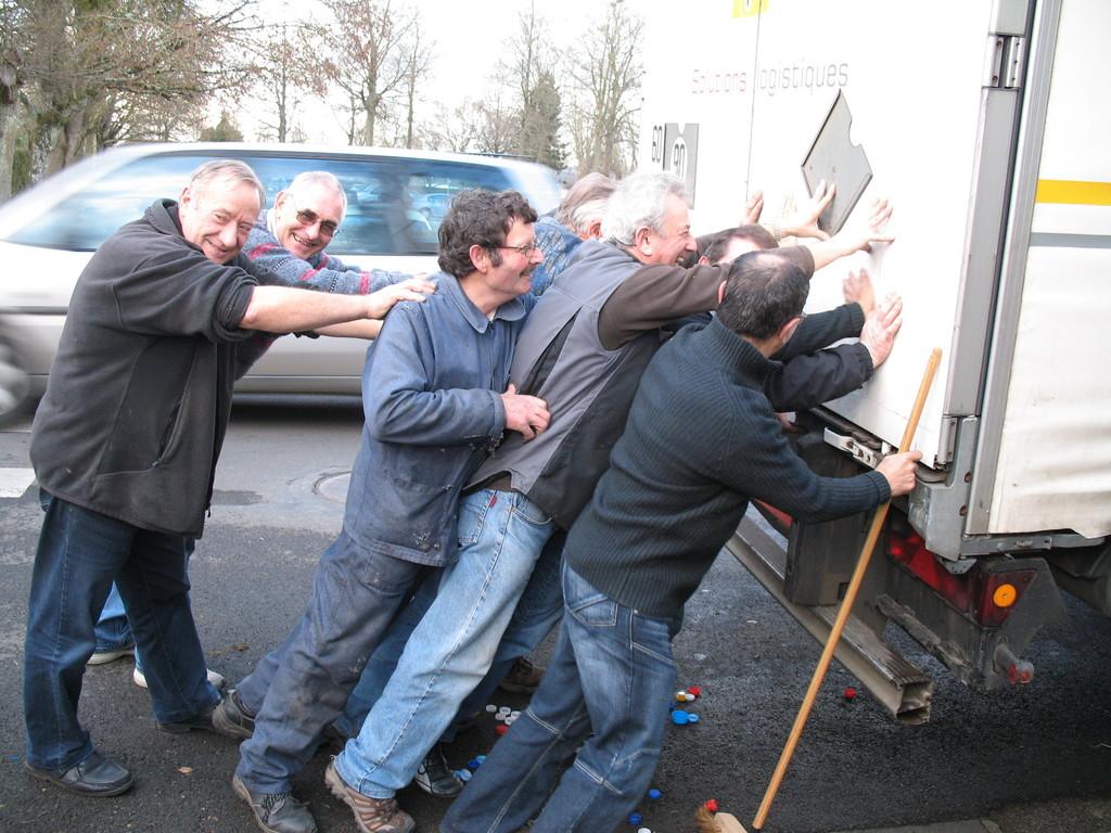 2012 Chargement du camion IX