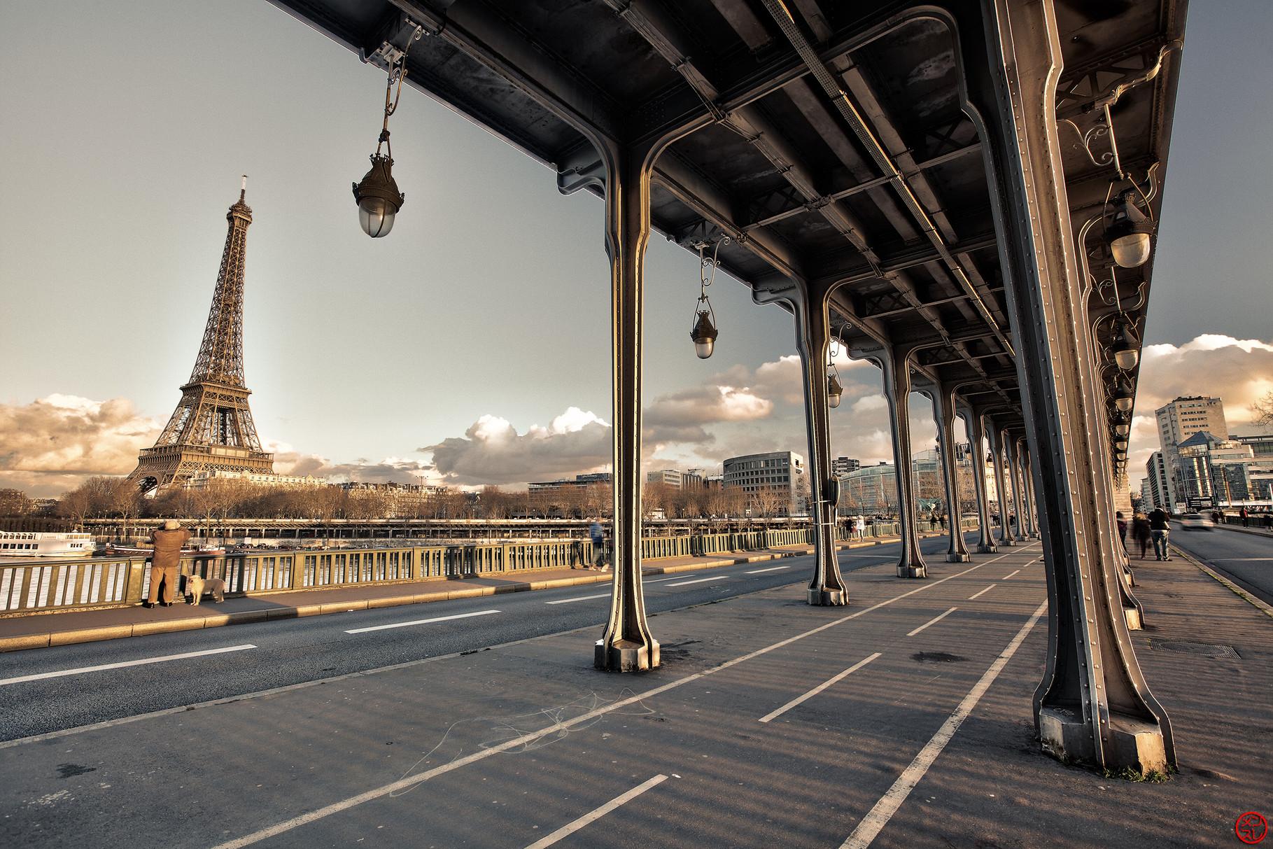 Paris, Pont de Bir Hakeim