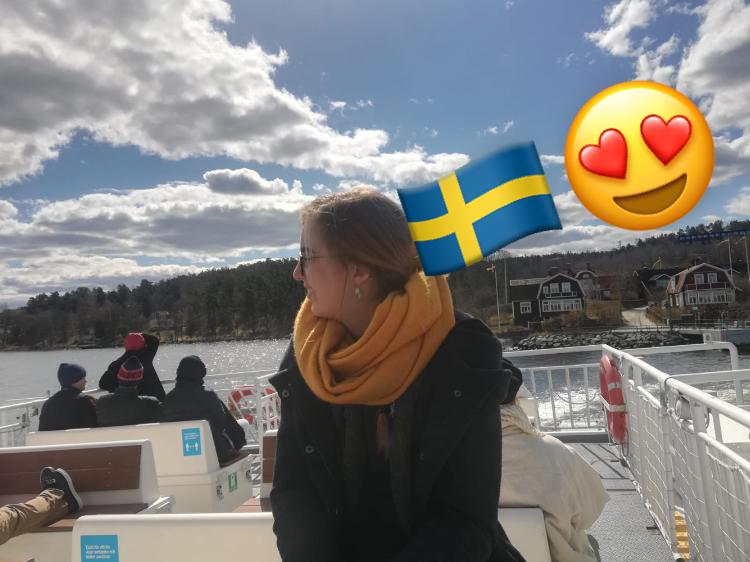 Julia ist begeistert von den berühmten schwedischen Schäreninseln.
